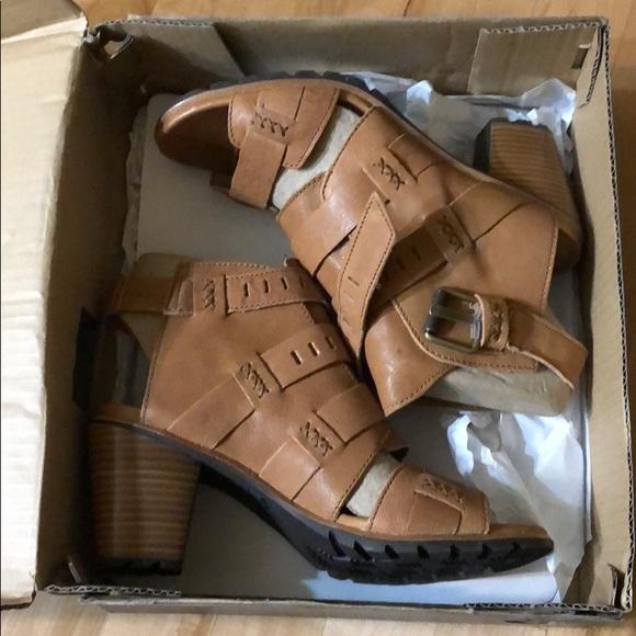 Sorel Shoes   Sorel Nadia Buckle New In
